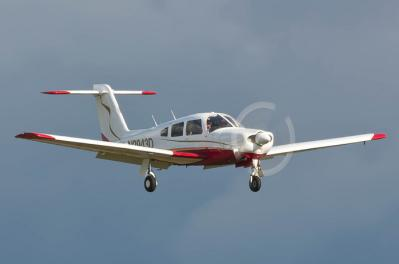 Piper Arrow IV PA28RT-201 N2943D